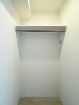 【収納】シェノン三軒茶屋 新築 ウォークインクローゼット 浴室乾燥機 オートロック