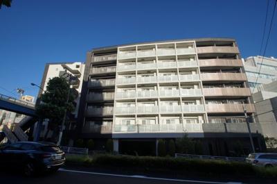 「横浜駅徒歩圏内のマンションです」