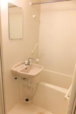 【浴室】レオパレスウィング