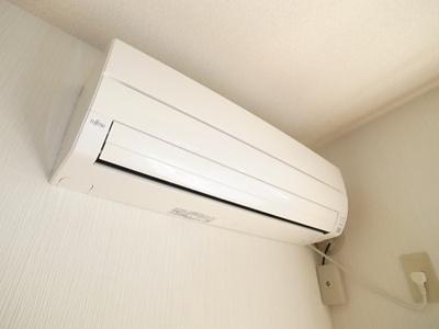 エアコンも設置しております。