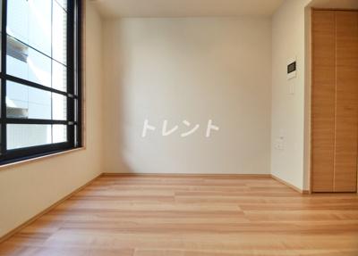 【居間・リビング】ディームス初台Ⅰ