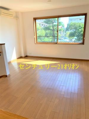 【居間・リビング】 ユーロコート鷺ノ宮(サギノミヤ)-D
