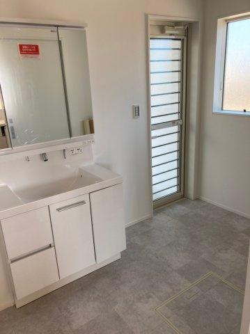 【独立洗面台】アークテラス老司5丁目Ⅰ 2号棟 オール電化住宅