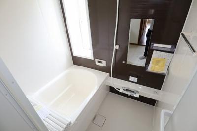 浴室もリフォームがされていて綺麗です!