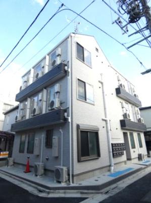 「六郷土手」駅より徒歩6分の築浅アパートです