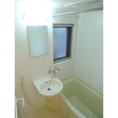 人気条件の「バス・トイレ別」です。