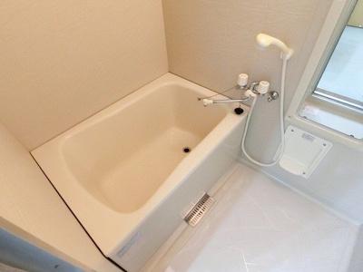 【浴室】ガーデンヒルズA