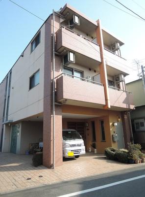 京急空港線「穴守稲荷」駅より徒歩6分のマンションです