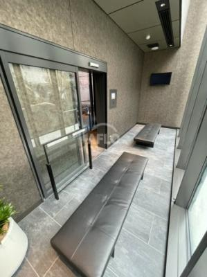 MJR堺筋本町タワー 多機能トイレ含め共用部にはお手洗が2つございます