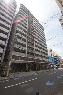 京浜急行線「京急蒲田駅」徒歩3分の駅近マンションです。