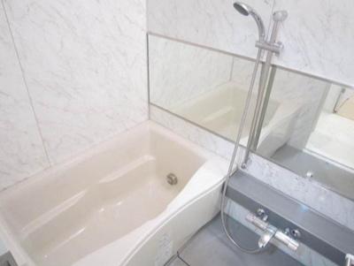 きれいなお風呂です。