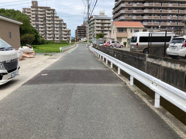 【前面道路含む現地写真】リーブルガーデン糸島市波多江駅南第三2号棟 4SLDK