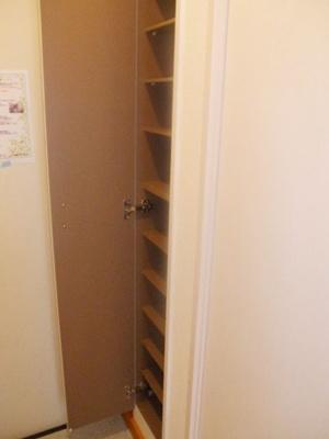 棚はお好みの高さに調整が可能です