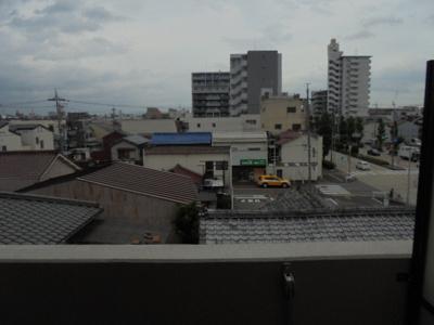 眺望は4階 A・City秩父通 西区の物件はなご家おもてなし不動産へ。