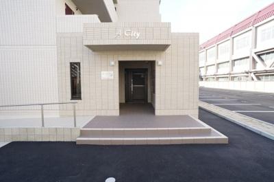 【エントランス】A・City東岸