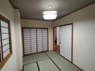 1階和室(6.0帖):ほっと和める和室が1部屋はあると嬉しいですね♪ 客間や2世帯の方にもオススメです。