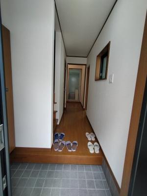 ゆとりの玄関スペースです。