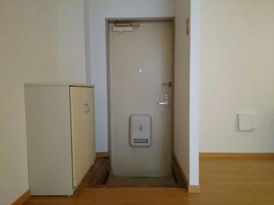 【玄関】グリーンビレッジA