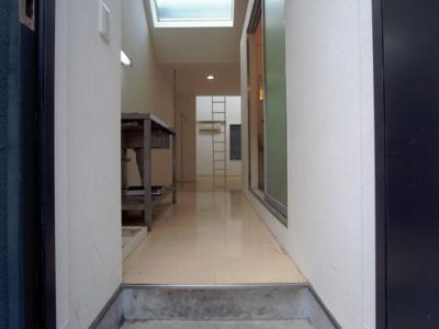 【玄関】クレセンティア神戸・北野
