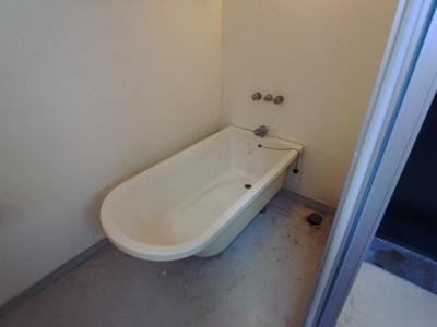 【浴室】クレセンティア神戸・北野