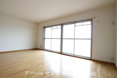 【居間・リビング】メゾン・ボヌール