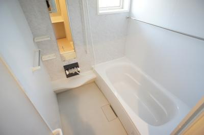 【浴室】メゾンフローラ