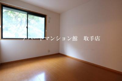【寝室】シャンティ花輪台