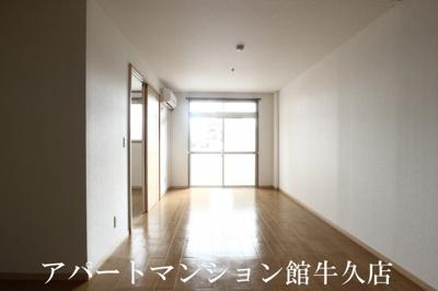 【居間・リビング】SUNRISE ヨシカワA