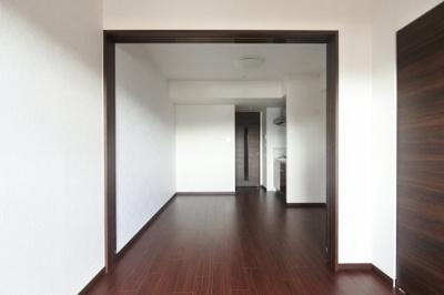 【居間・リビング】グランカーサ難波元町