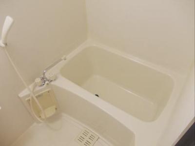 鏡付のお風呂♪