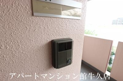 【玄関】グランセレッソ参番館