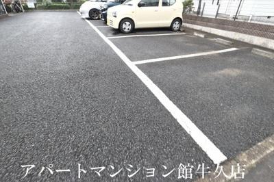 【駐車場】グランセレッソ参番館