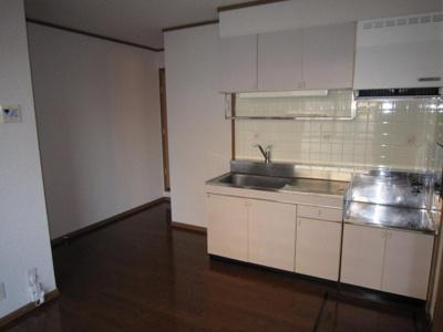 床下収納付で便利なキッチン♪
