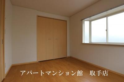 【寝室】エルディム茂作