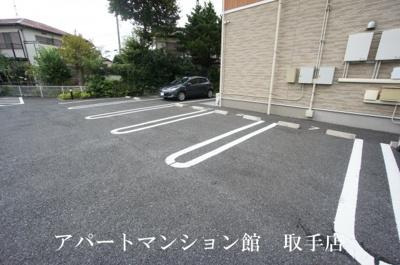 【駐車場】エレガント・ヒルズ