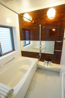 【浴室】大字上戸田戸建