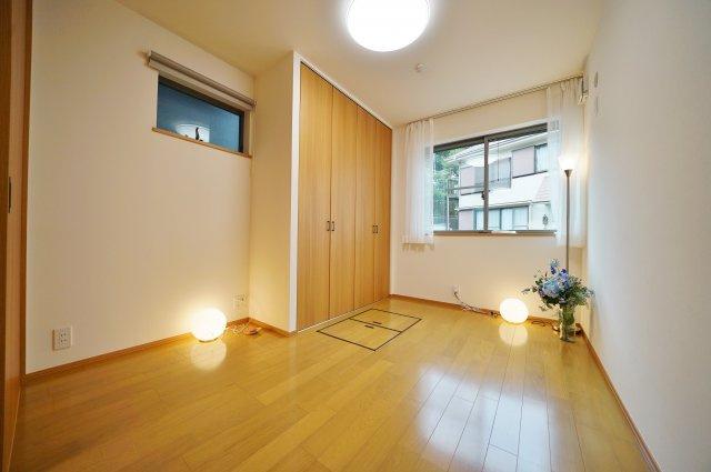床下収納、大きなクローゼットでお部屋もすっきり