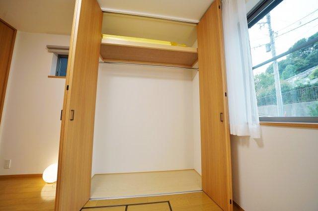 1階廊下部分にも収納付きでお部屋もすっきり