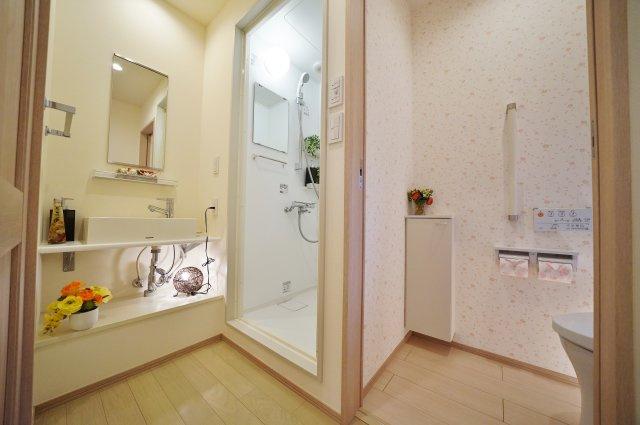 2階部分の洗面スペースです
