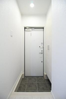 【玄関】ブルーミング世田谷