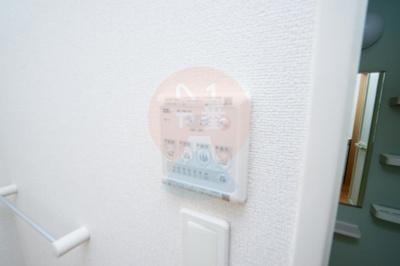 うれしい浴室乾燥機付きです。