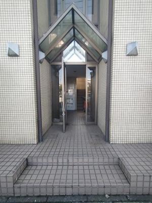 【エントランス】フェニックス穴川