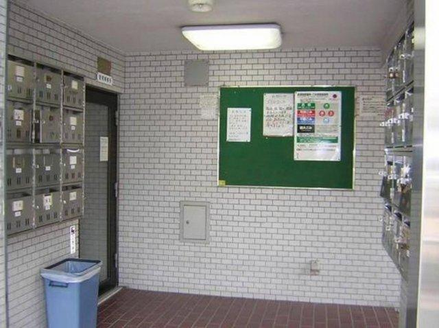 【エントランス】西新宿第2ローヤルコーポ