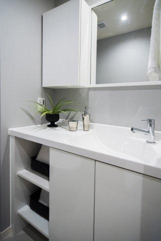 パーク・ハイム中野富士見町:トイレには洗面台が付いております!