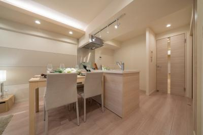 【キッチン】❖都心に近い♪リノベマンション☆DEN&WIC☆重厚感 玄関大理石【パーク・ノヴァ池袋要町】❖