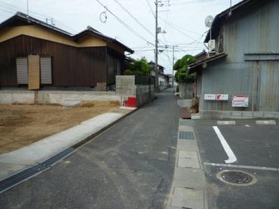 【前面道路含む現地写真】児島下の町一丁目 売地