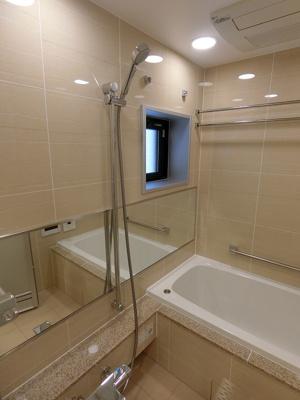 【浴室】オープンレジデンシア表参道神宮前ザ・ハウス