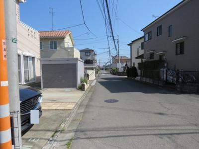 【前面道路含む現地写真】坂戸市石井新築戸建