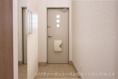 【玄関】ニューサニーA