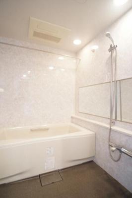 【浴室】シーズガーデン山手旭台